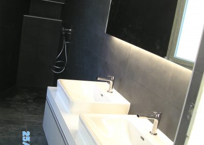 Salle de bain type moderne